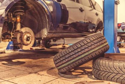 Montage pneus Porsche Sainte-Maxime